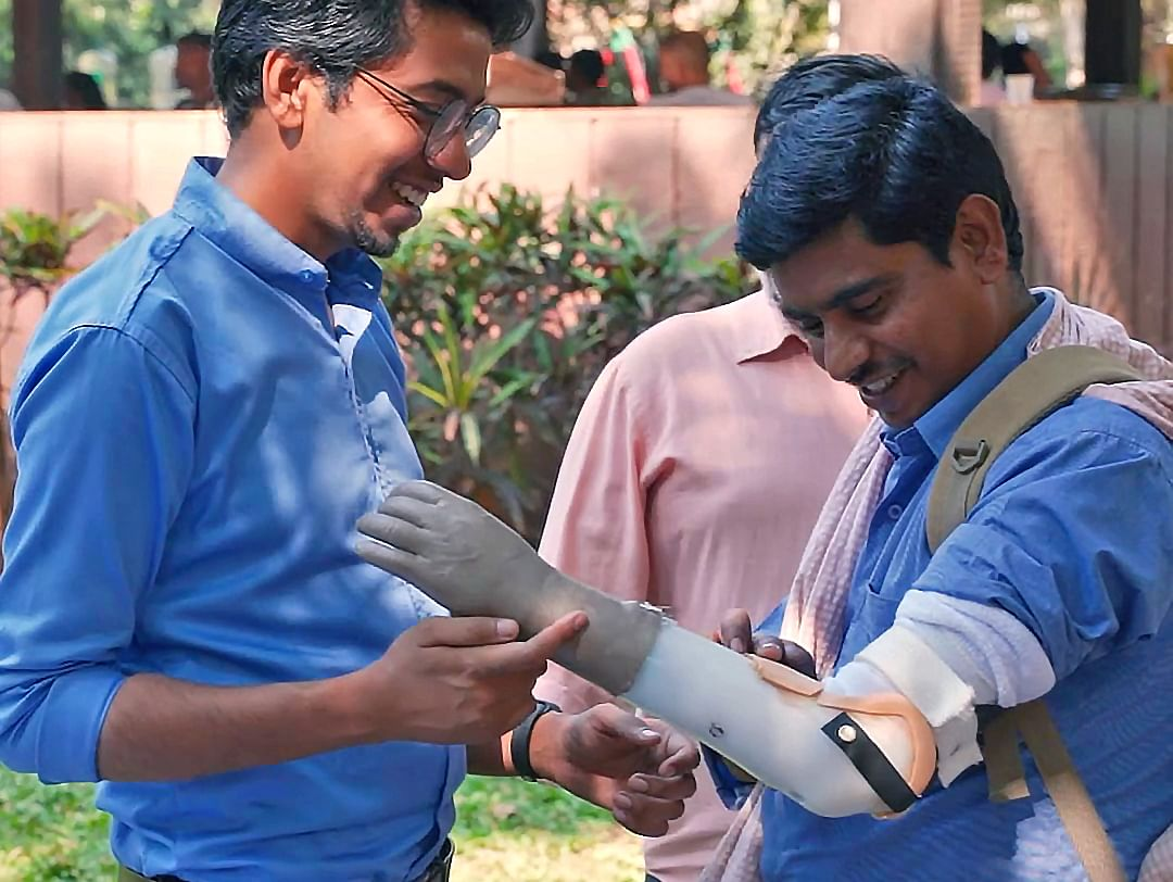 Engineering Dropout Prashant Gade To Provide Prosthetic Arms For Free